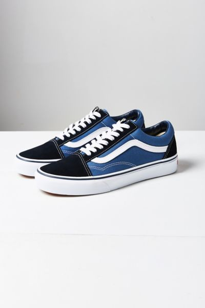 Vans Old Skool Original Sneaker   Urban Outfitters Slide View  1  Vans Old Skool Original Sneaker