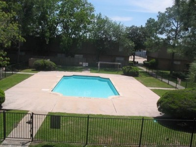 Homes For Sale In Vista Oaks Pasadena Tx - John & Maggy