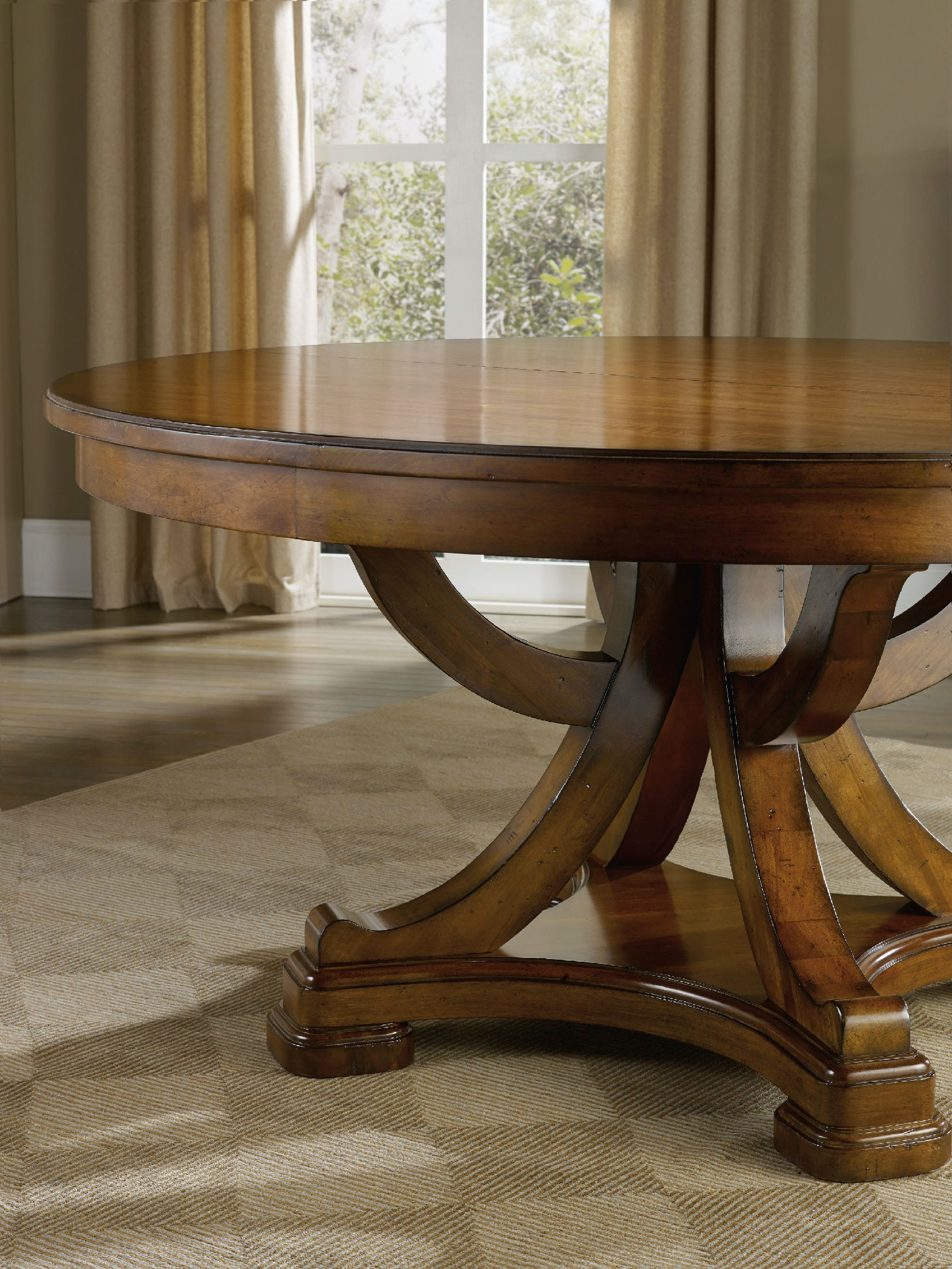 iteminformation kitchen table with leaf Hooker Furniture Tynecastle Round Pedestal Dining Table with One 18 Leaf