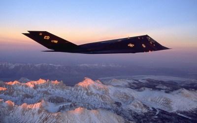 Lockheed F-117 Nighthawk HD Wallpaper | Background Image | 2560x1599 | ID:412403 - Wallpaper Abyss