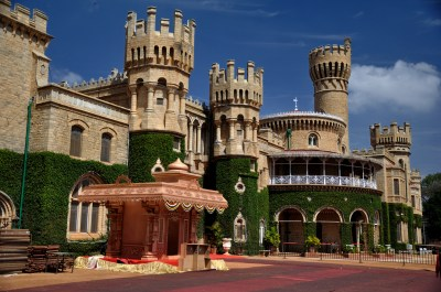 1 Bangalore Palace HD Wallpapers | Background Images - Wallpaper Abyss