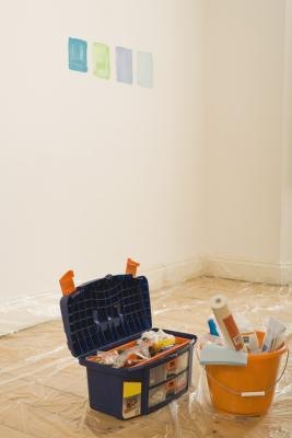 Can I Apply Clear Gloss Paint on Top of Latex Paint? | eHow