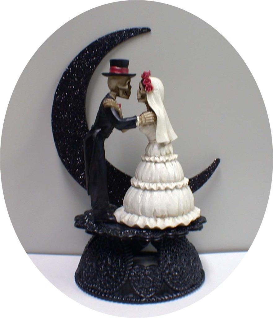 wedding cake topper figurines uk wedding cake toppers funny The Dead Wedding Cake Topper Funny Skeleton Bride Groom Top
