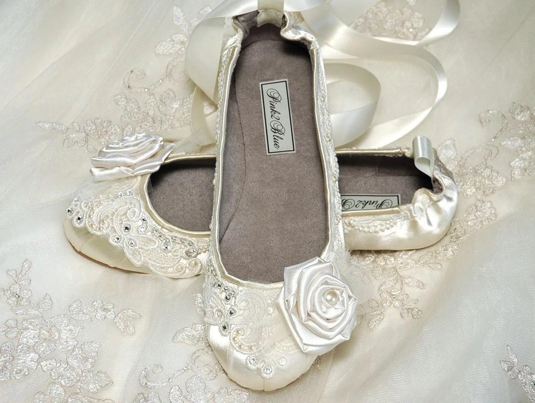 wedding shoes ballet flats vintage lace wedding flats zoom
