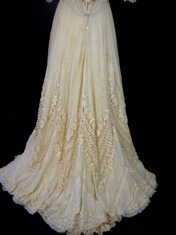 irish lace wedding dresses irish wedding dress Irish Lace Wedding Dresses 14