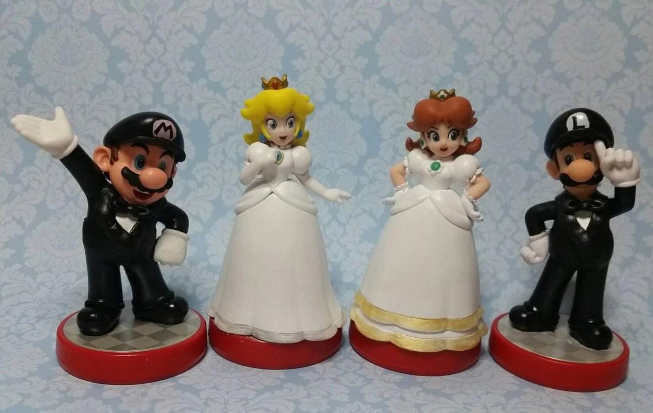 geek wedding gamer wedding rings Pair of Super Mario Bros Video Game Wedding Cake Toppers Mario Princess Peach Daisy Luigi Custom Amiibo gamer wedding geek wedding