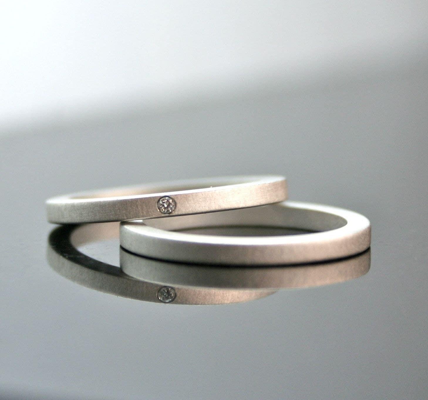 one tiny diamond ring set simple wedding wedding ring diamond zoom