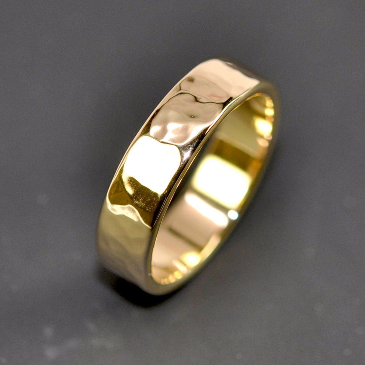 18k yellow gold mens wedding band hammered wedding band zoom