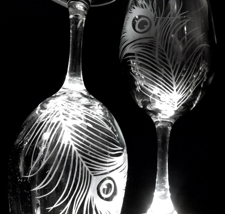 peacock wine glasses wedding wine glasses Etched wine glasses with peacock feather Wedding gift unique set of 2