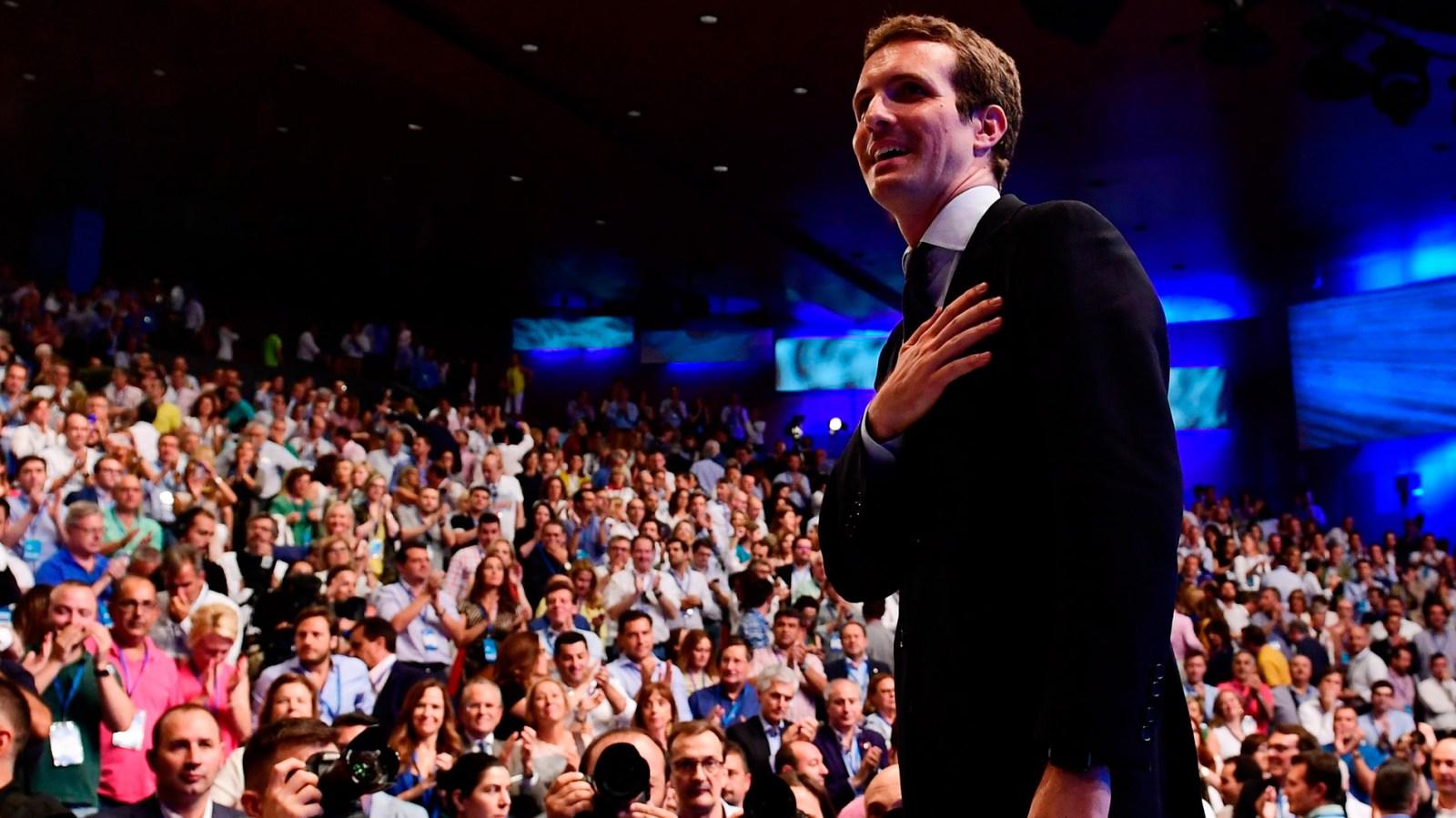 Congreso Extraordinario del PP   Pablo Casado, proclamado nuevo presidente del PP - RTVE.es
