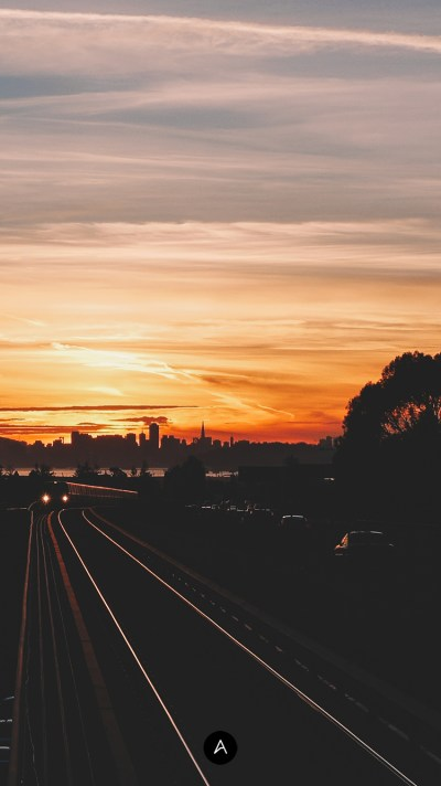 Sunset in East Bay - Wallpaper of the Week