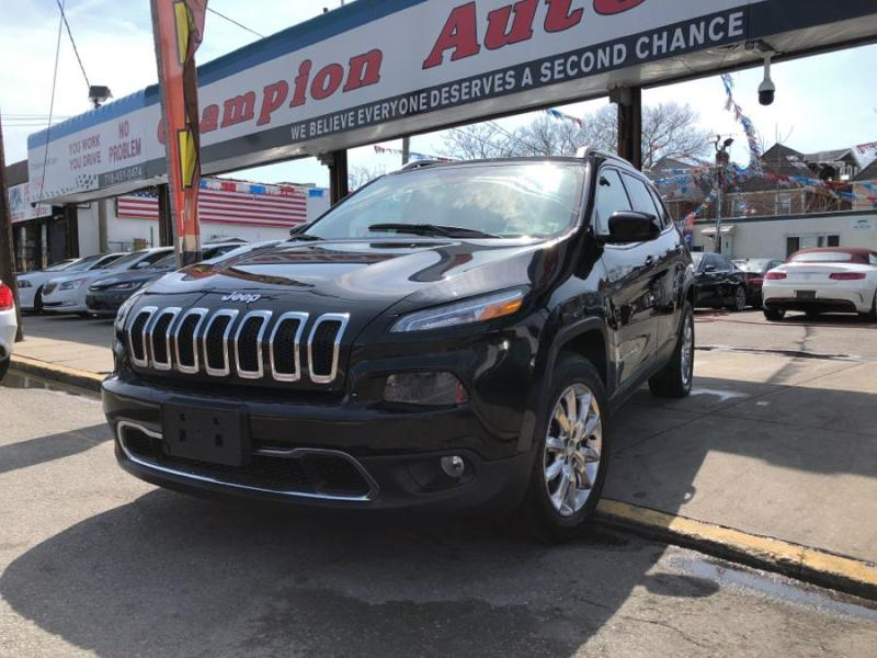 Jeep Brooklyn  Queens  Staten Island  Jersey City  NY   Champion     Used 2017 Jeep Cherokee in Brooklyn  New York   Champion Auto Sales   Brooklyn