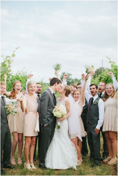 Alex & Corrie, Hill Country Vineyard Wedding » Jen ...