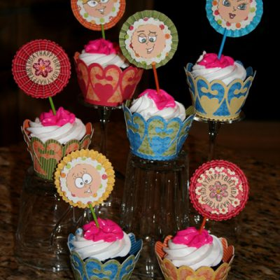 Peachy Keen Guest Designer Cricut Cupcake Wrappers & Cupcake Toppers – Give Away
