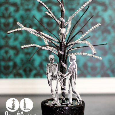 Halloween in 3D Blog Hop – Bling Skeleton Tree