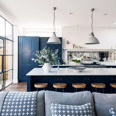 Navy kitchen ideas – Navy blue kitchens that look cool and ...