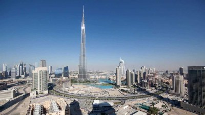 Beautiful Time-Lapse Video of 24 Hours in Dubai on 11/11/11
