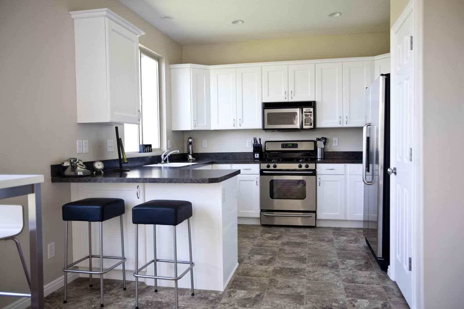 kitchen flooring ideas kitchen vinyl flooring kitchen floor ideas