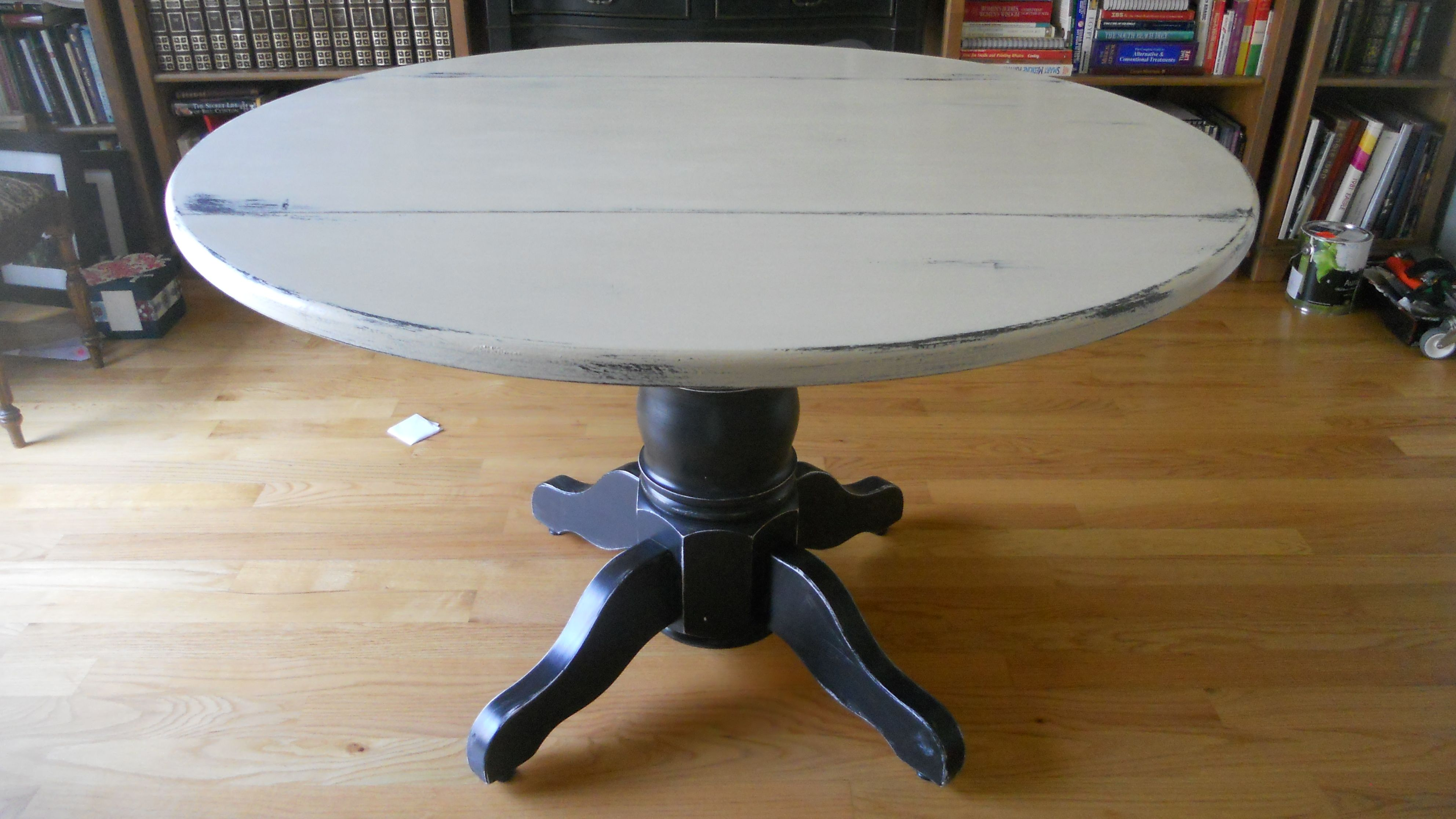 new life for a tired kitchen table redo kitchen table A couple of weeks ago I discovered ASCP paint I know it s been around for some time now but I finally bought my first can and haven t stopped painting