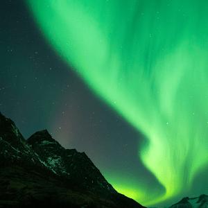 Download live wallpaper aurora borealis for PC