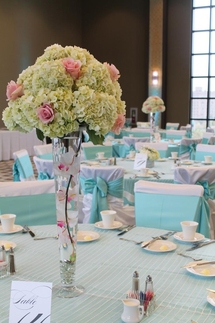 6 beautiful wedding table centerpieces and arrangements wedding table centerpieces 6 Beautiful Wedding Table Centerpieces and Arrangements