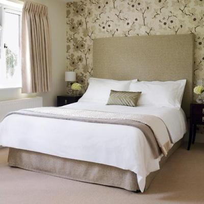 Decorating The Wall Behind Your Bedroom Headboard - Paperblog