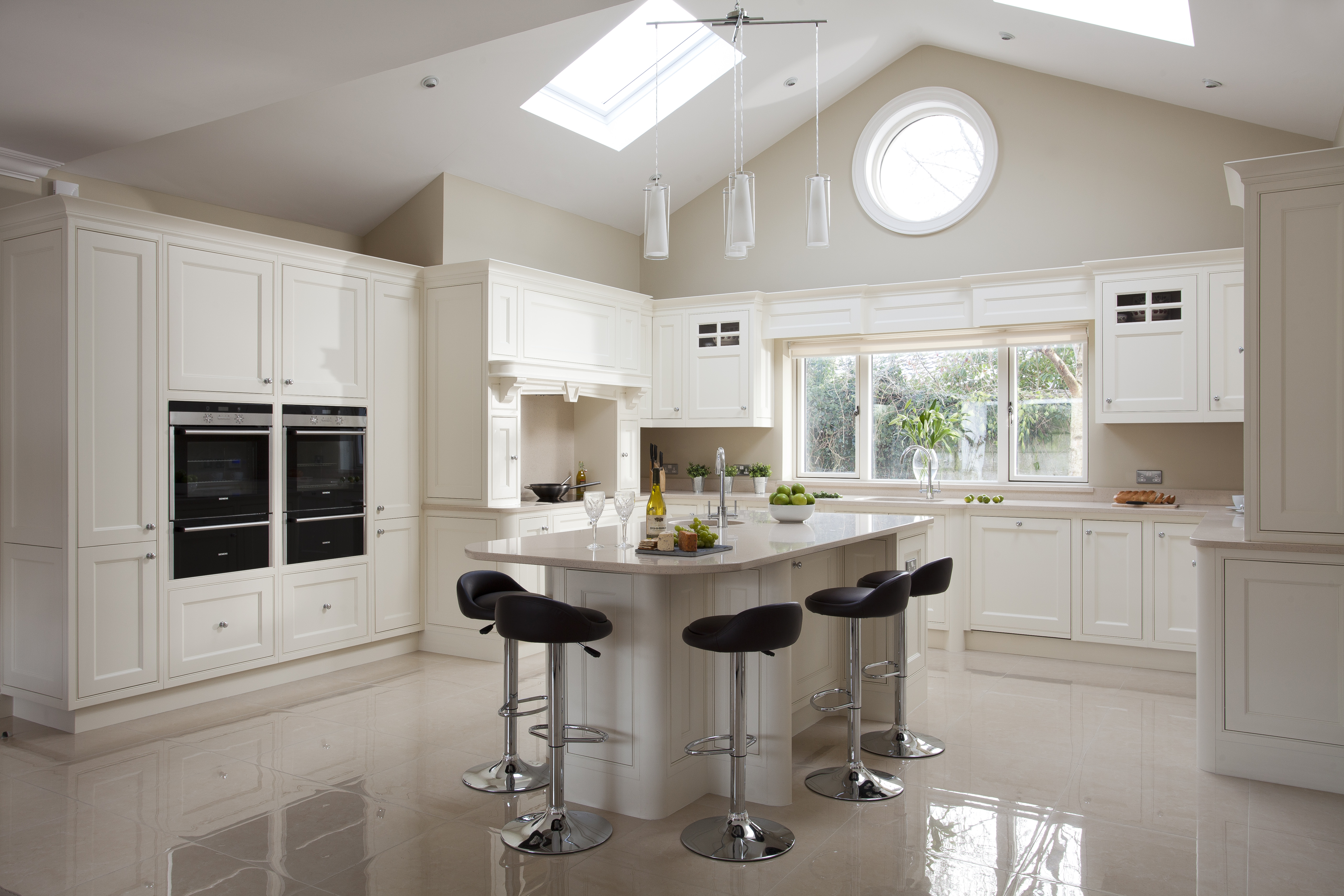 handmade contemporary kitchen by woodale designs kitchens by design