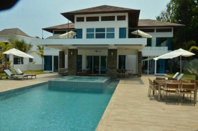 six bedroom villa - Picture of The Crown Villas at ...