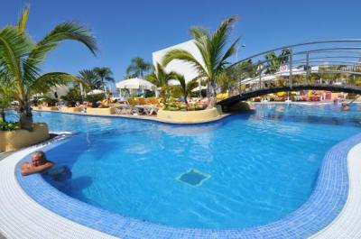 PARADISE PARK FUN LIFESTYLE HOTEL $171 ($̶1̶9̶9̶ ...
