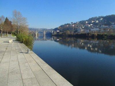 Ponte Duarte Pacheco (Entre-os-Rios) - O que saber antes de ir - Sobre o que as pessoas estão ...
