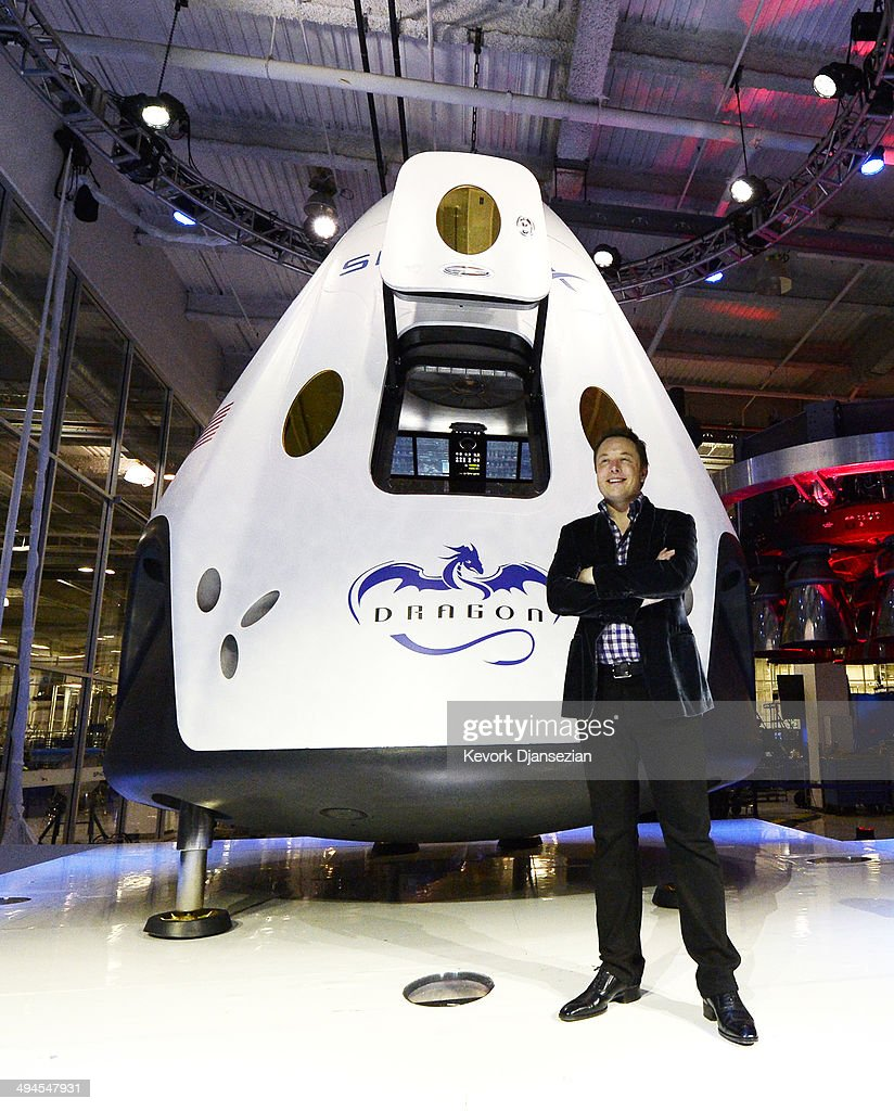 SpaceX CEO Elon Musk Unveils Company's New Manned Spacecraft, The Dragon V2 Photos and Images ...