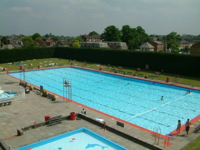 London's Best Lidos   14 Outdoor Swimming Pools in London ...