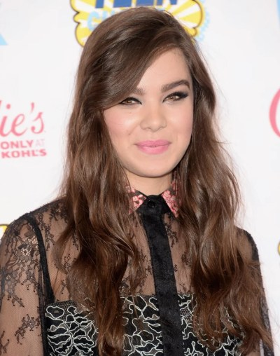 Hailee Steinfeld | Teen Choice Awards 2014 | Hair and Makeup | POPSUGAR Beauty Photo 5