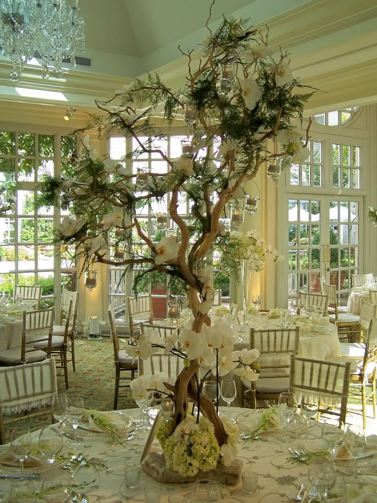 centerpieces wedding table centerpieces 82 best images about Centerpieces on Pinterest Wedding Willow branches and Centerpieces