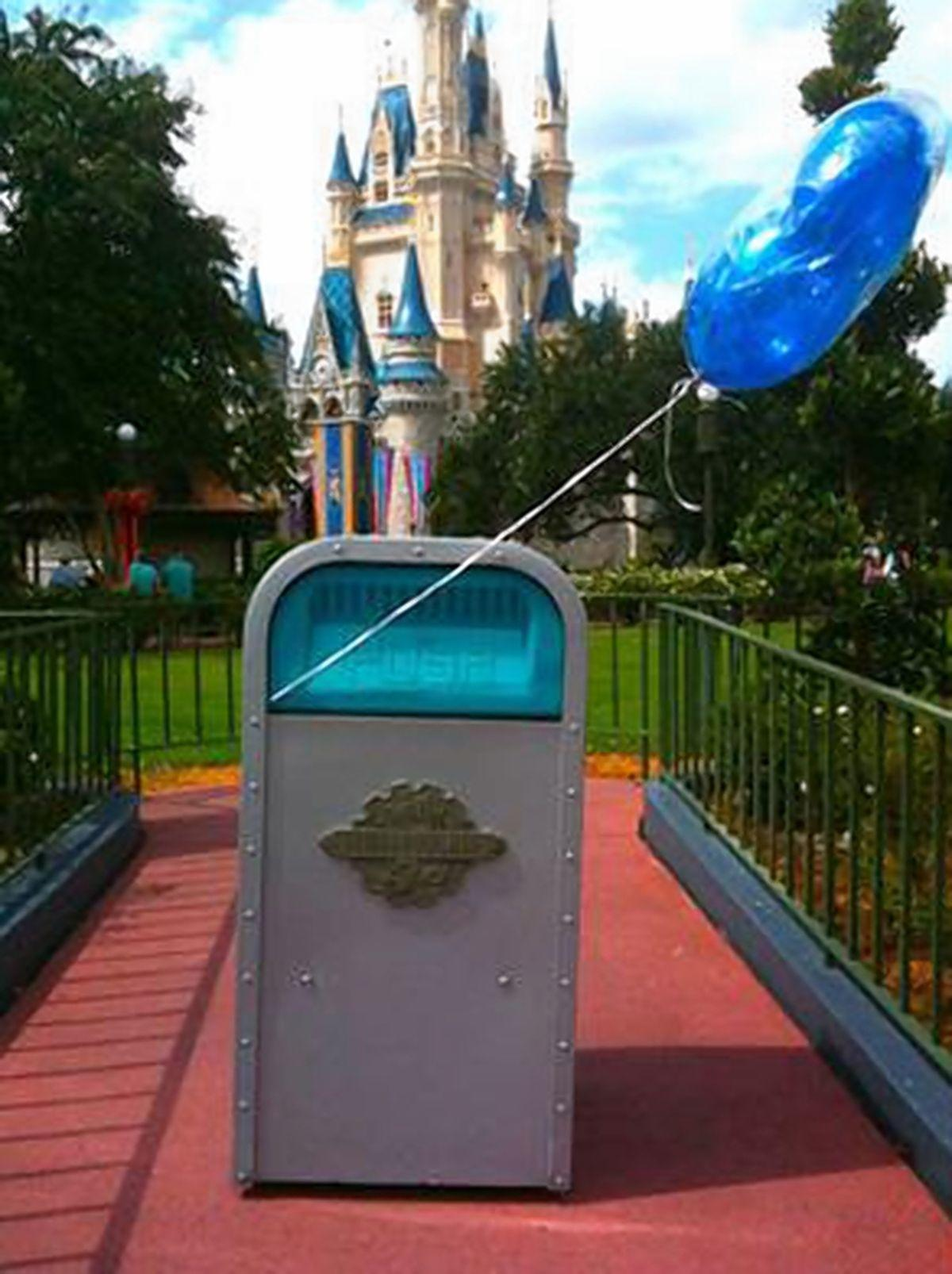 Trash cans of Disney