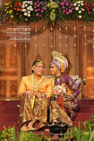 Foto Pernikahan Baju Kebaya Jawa Wedding Muslim Mitha ...