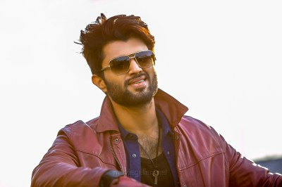Taxiwala Movie Vijay Devarakonda HD Images | New Movie Posters