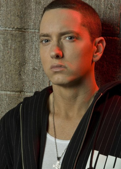 Eminem Recovery : Love the way you lie youtube
