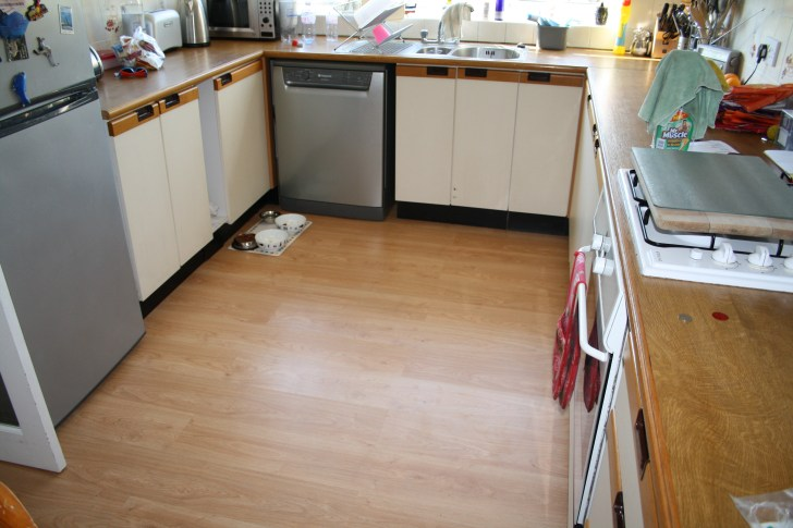 about laminate kitchen flooring Like this