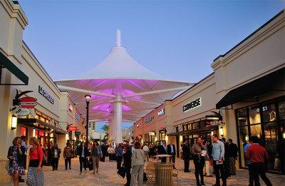 Palm Beach Outlets | New England Development