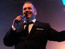 Chris Moyles signs for 12 more months of breakfast - BBC Newsbeat