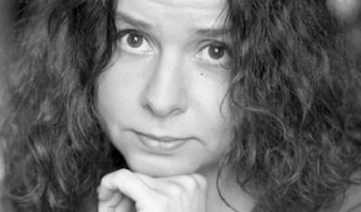 Erdős Virág: Van egy ország | Nőkért.hu
