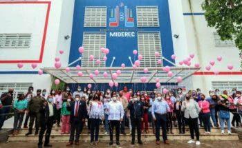 Ministerio de Deportes cierra mes de cáncer de mama