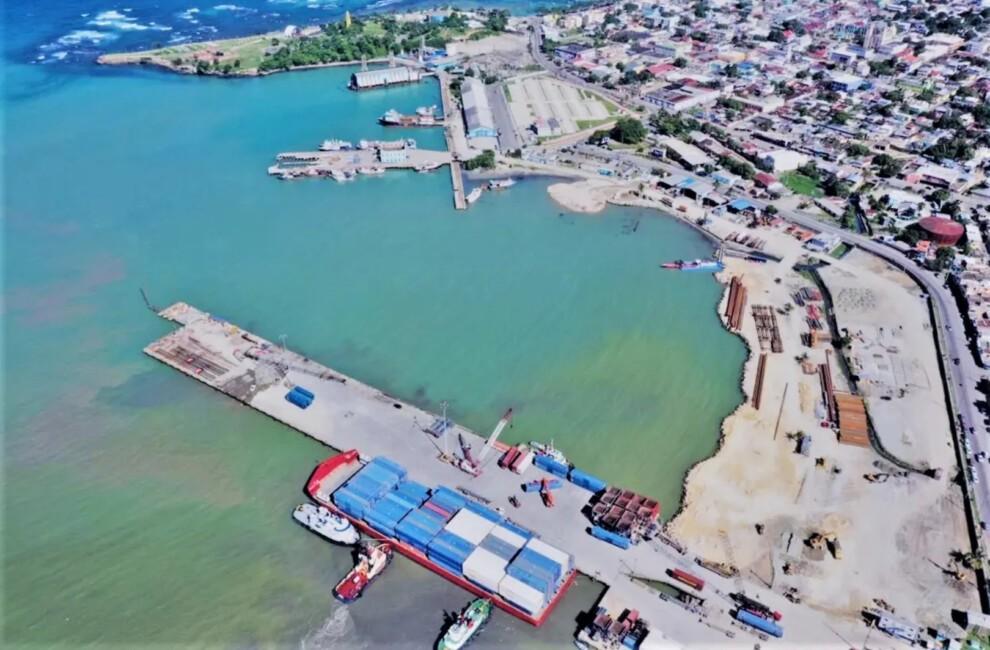 Suspenden dragado en bahía de Puerto Plata donde se construye terminal Taíno Bay