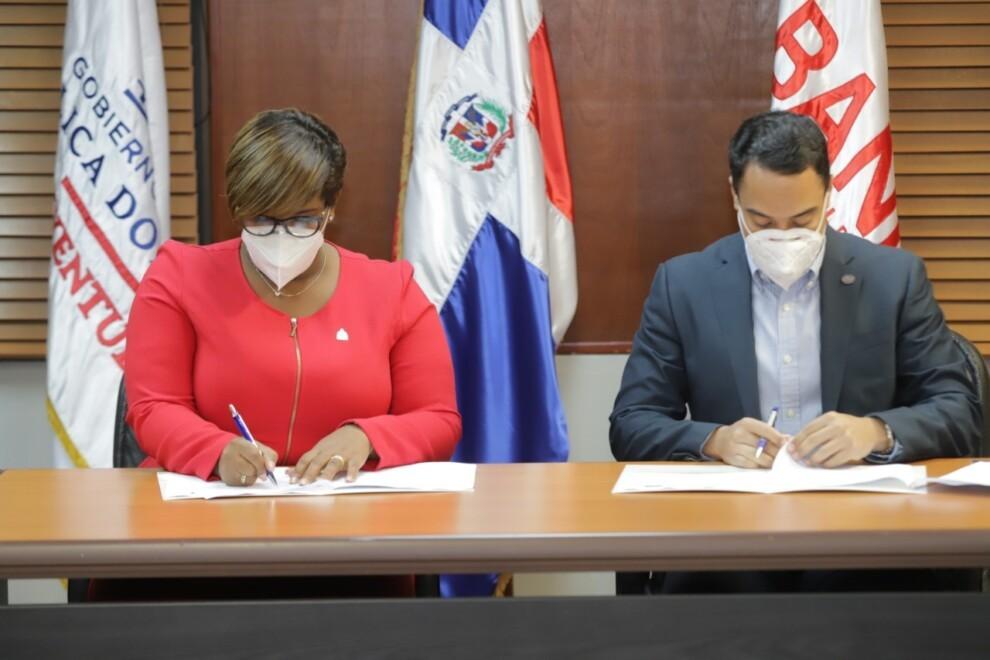 Ministerio de la Juventud y BANDEX se comprometen a promover  cultura emprendedora