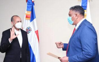 Ministro de Interior y Policía juramenta viceministro de Armas y director del COBA