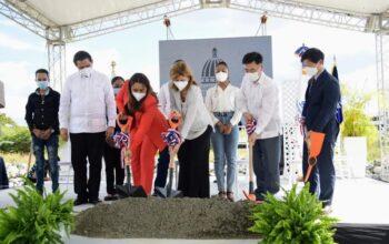 Dan primer picazo para la construcción de Centro de Salud Integral de Adolescentes en San Juan de la Maguana