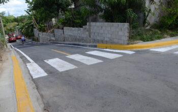 Alcaldía de Santiago asfalta vías en Arroyo Hondo