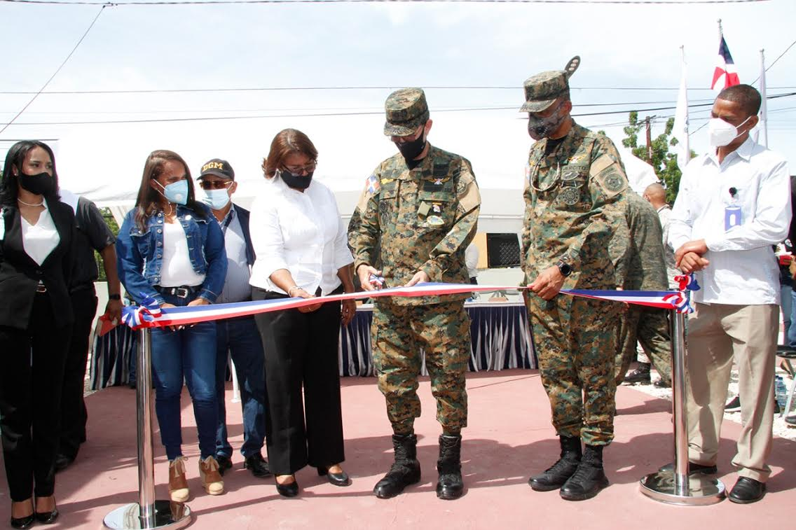 Ministerio de Defensa inaugura Escuela Vocacional en Pedernales