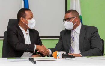 Edesur Dominicana y La Dirección Provincial de Salud (DPS) vacunan más del 70% en Monte Plata con primera dosis